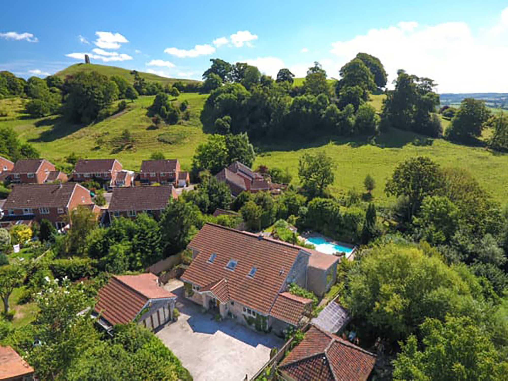 5 bed house plus detached annexe, Bove Town, Glastonbury