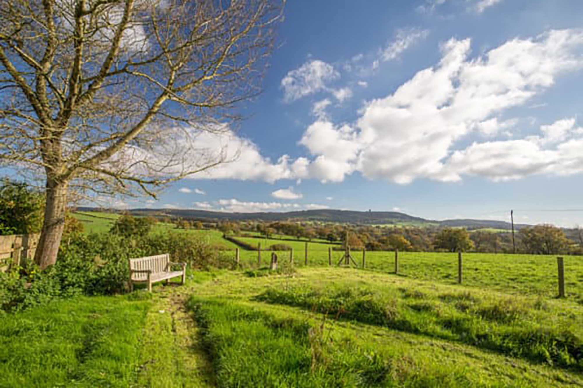 Near Bruton -3 bed family home with amazing views!