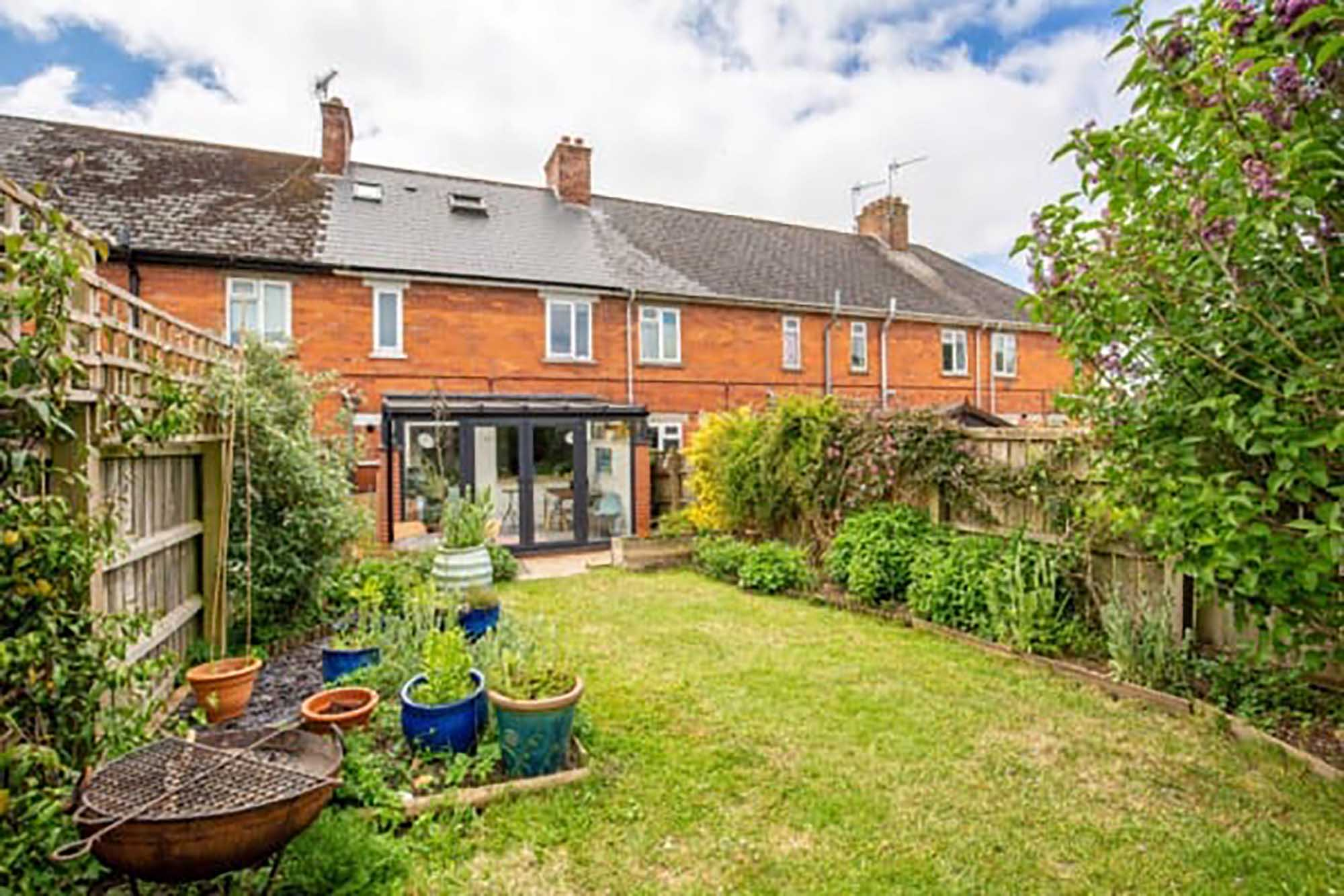 NO CHAIN , Bruton 4 Bed family home
