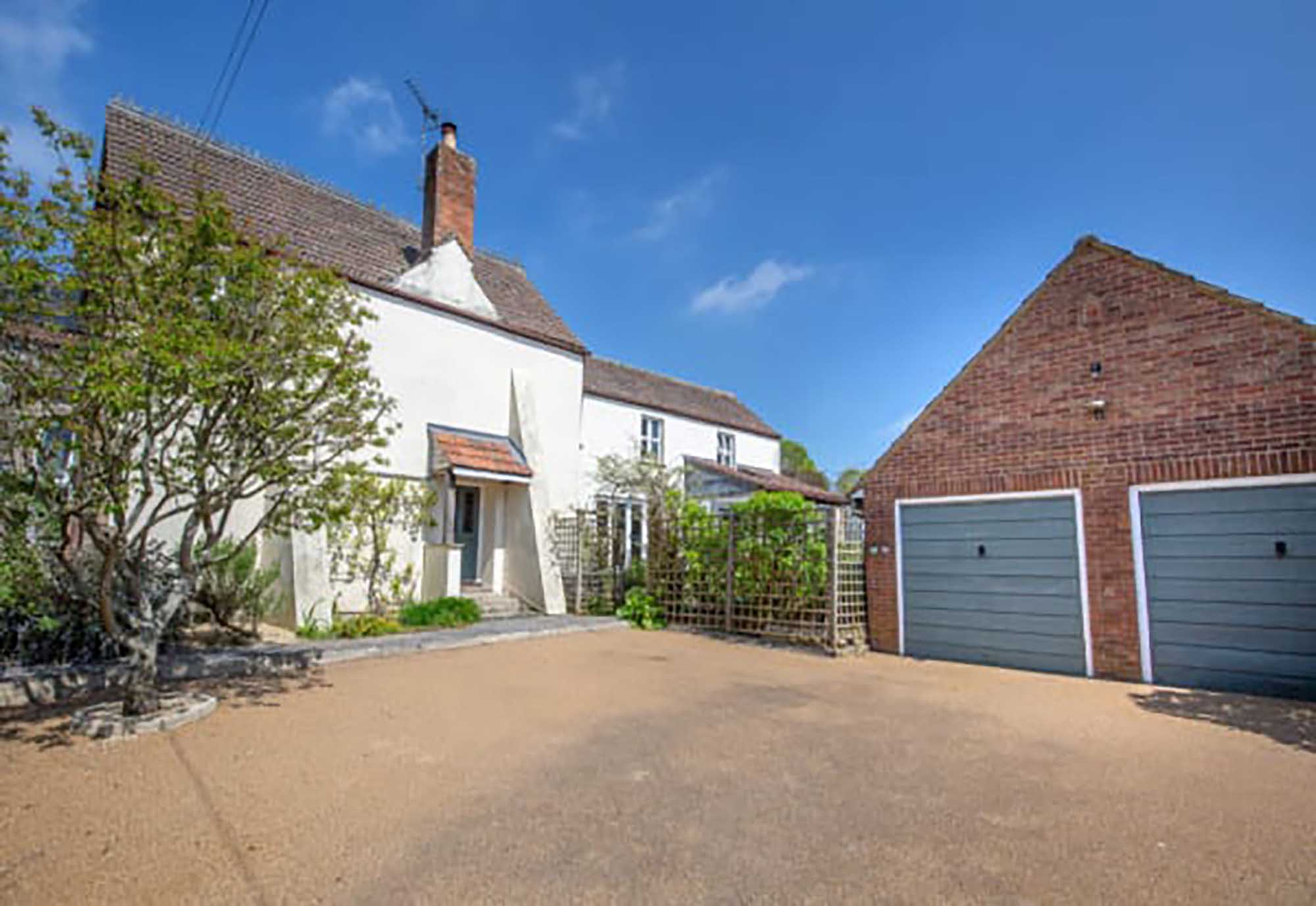 Ditcheat –  Period house with lovely garden