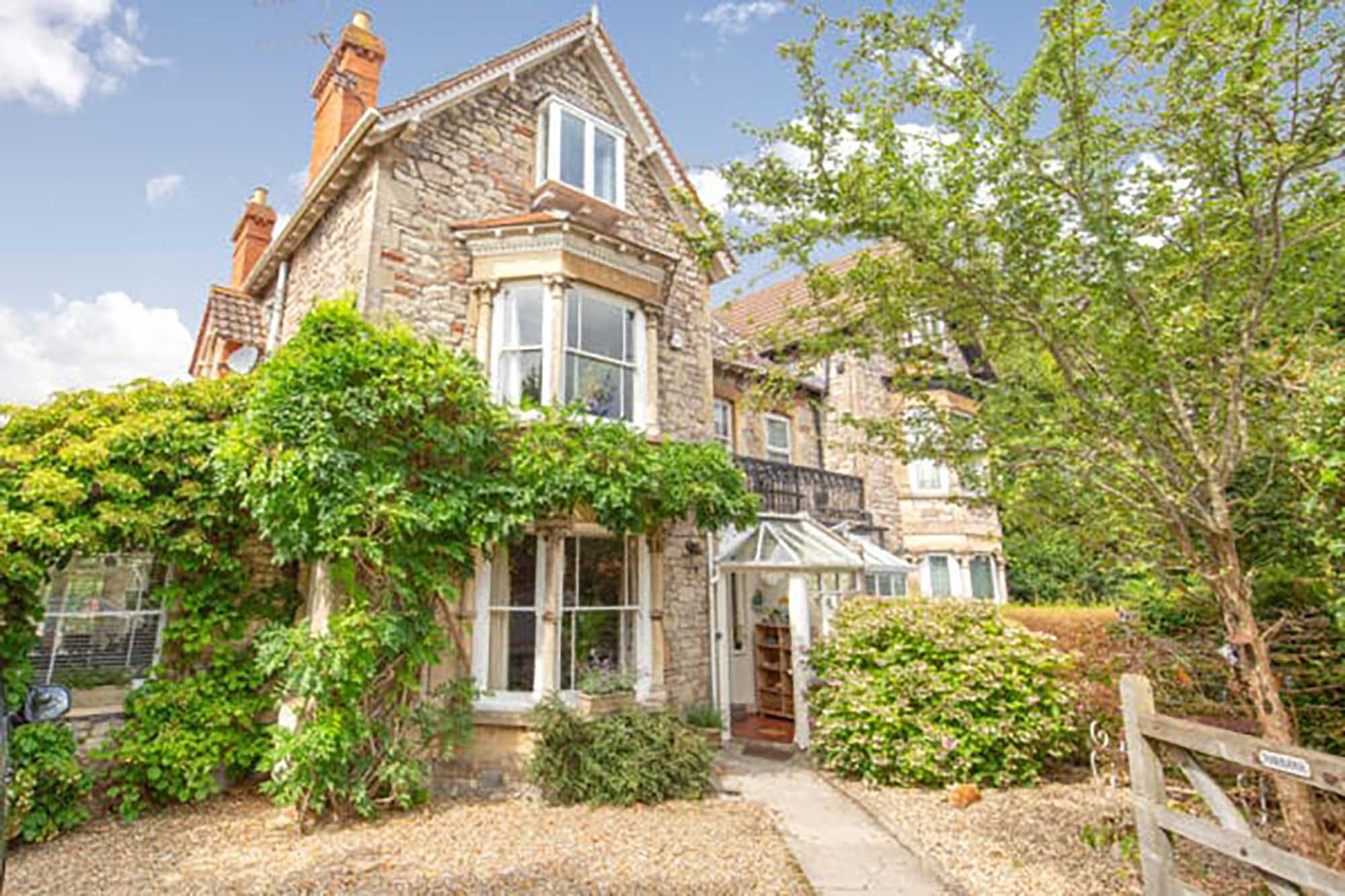 Stunning large Victorian house, Glastonbury