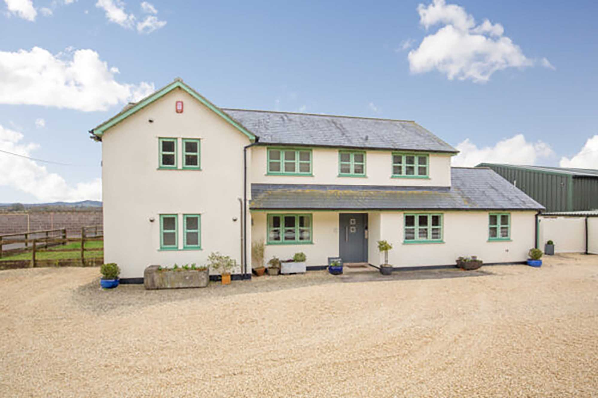 Rural idyll a few miles from Wells with extra land available