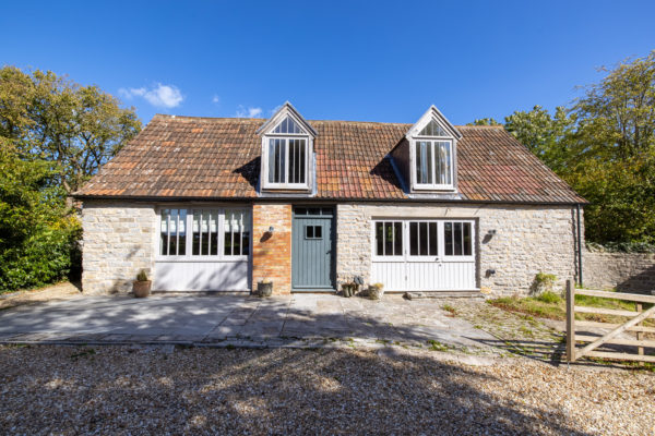 Fabulous, Two bedroom, Short-term let, Near Castle Cary – Ideal for a Family