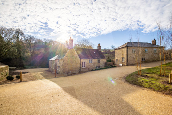 The Mill & Cottage, Burtons Mill Farm