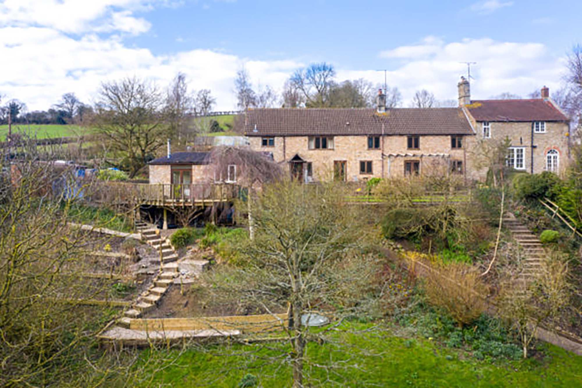 Batcombe, Farmhouse with views and Annexe
