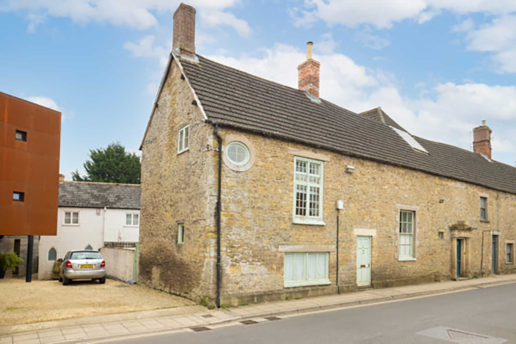 Central Bruton, period house walking distance of High St.