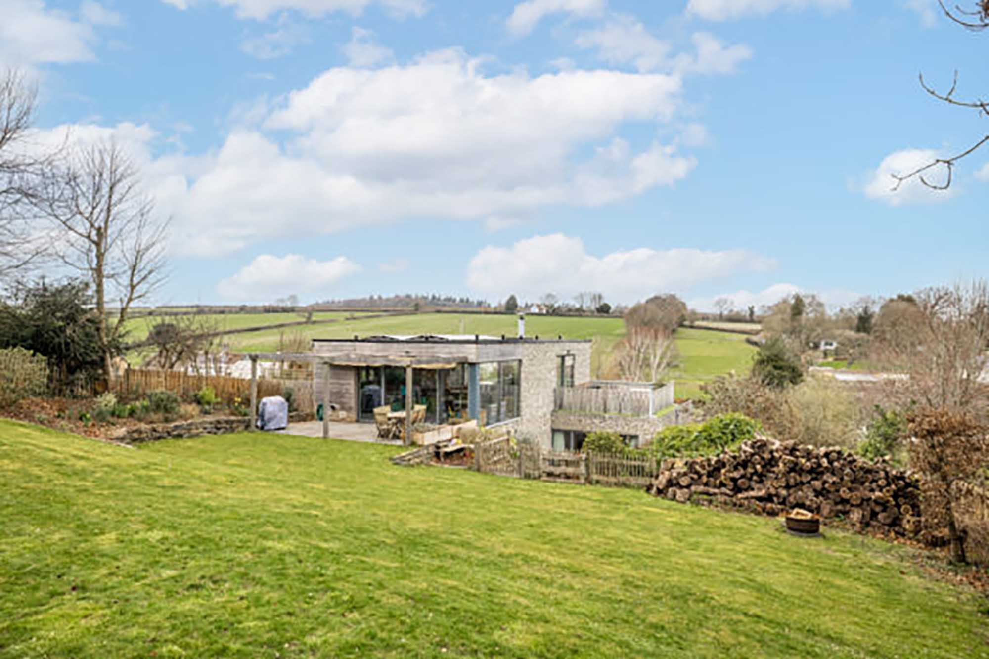 Unique Contemporary House  with rural views located in Winterborne Whitechurch
