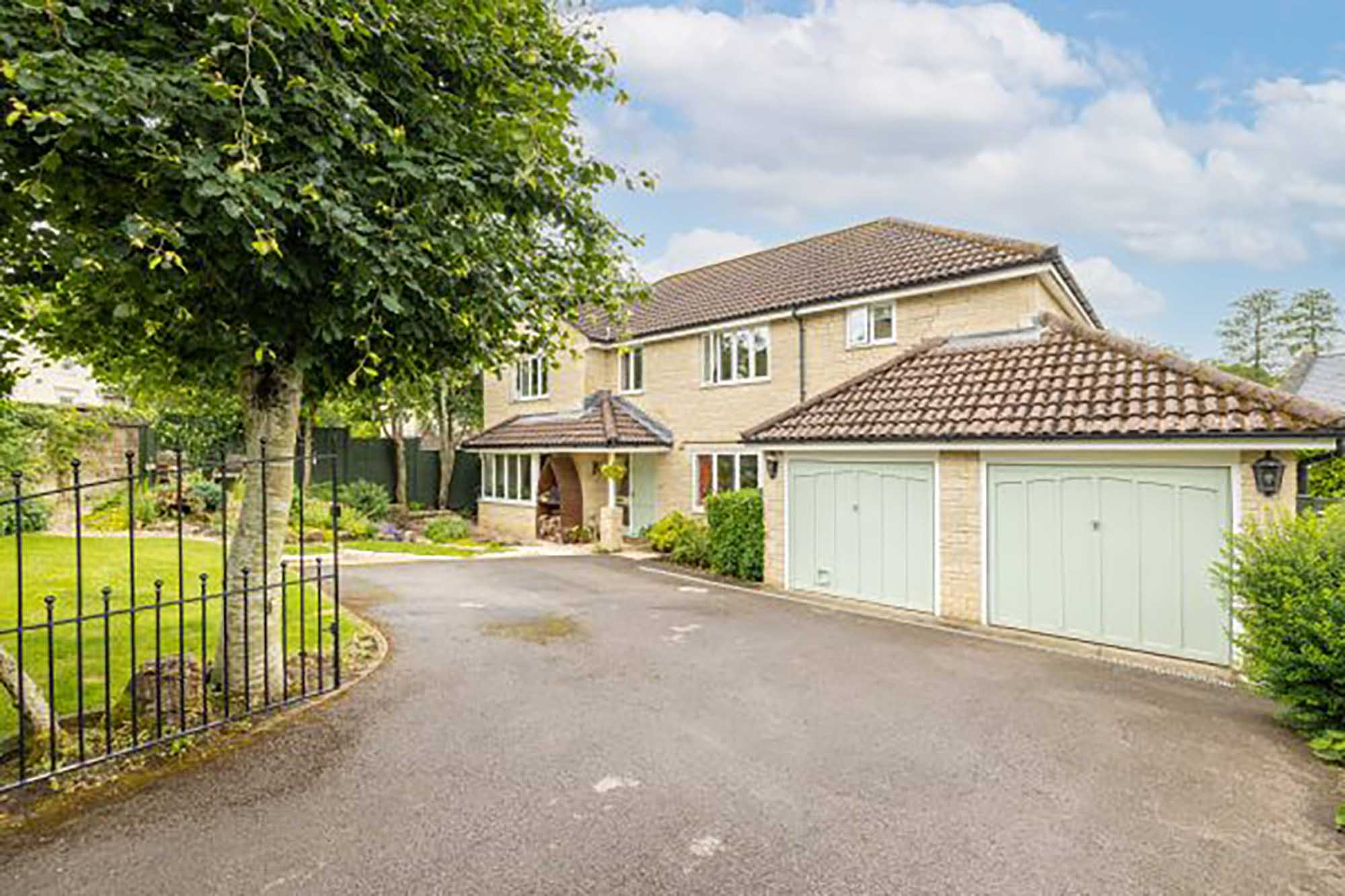 Family home with extra large garden