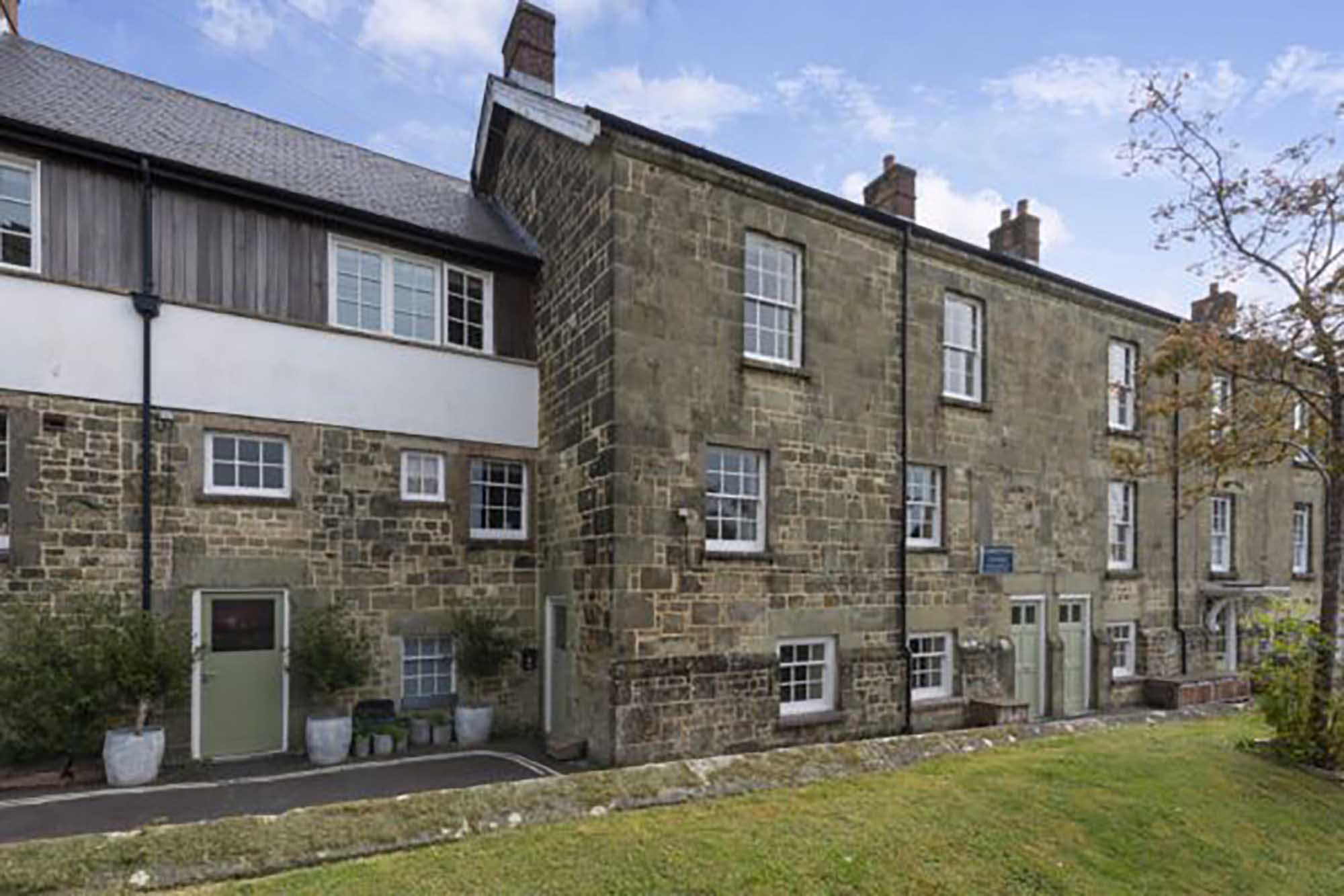 Charming townhouse in central Shaftesbury