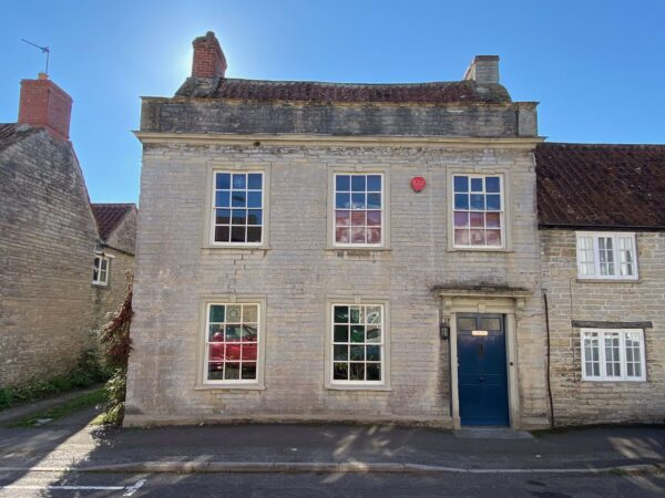 Georgian property in the heart of desirable Somerton