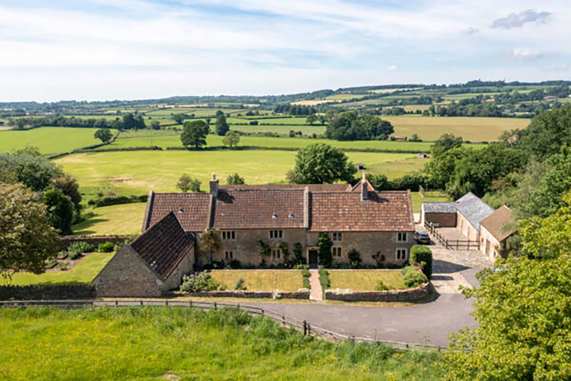 Nr Bruton/Frome, Country House with views, land, outbuildings