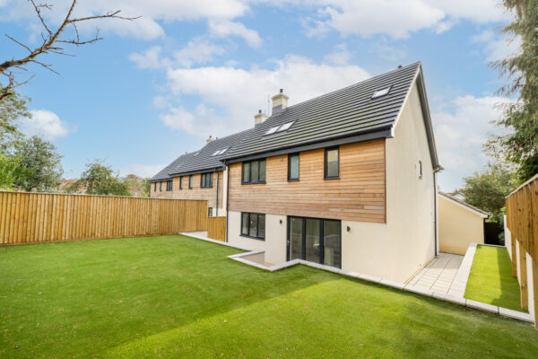 Cool new build, 4 bed det houses in Frome.
