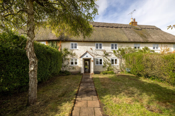 Pretty period two bedroom cottage